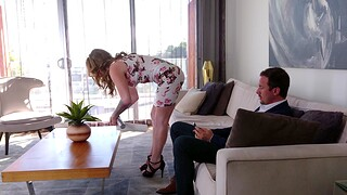 Adorable MILF wife Crystal Taylor knows how to pleasure a fat dick