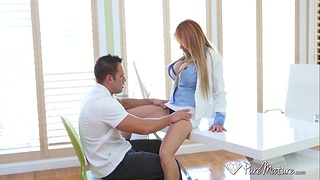 Female boss Alyssa Lynn hires handsome employee Johnny Castle after illogical sex on be passed on directors