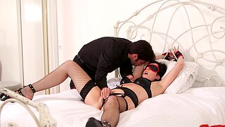 Blindfolded wife Dixie Comet loves being spanked during wild sex